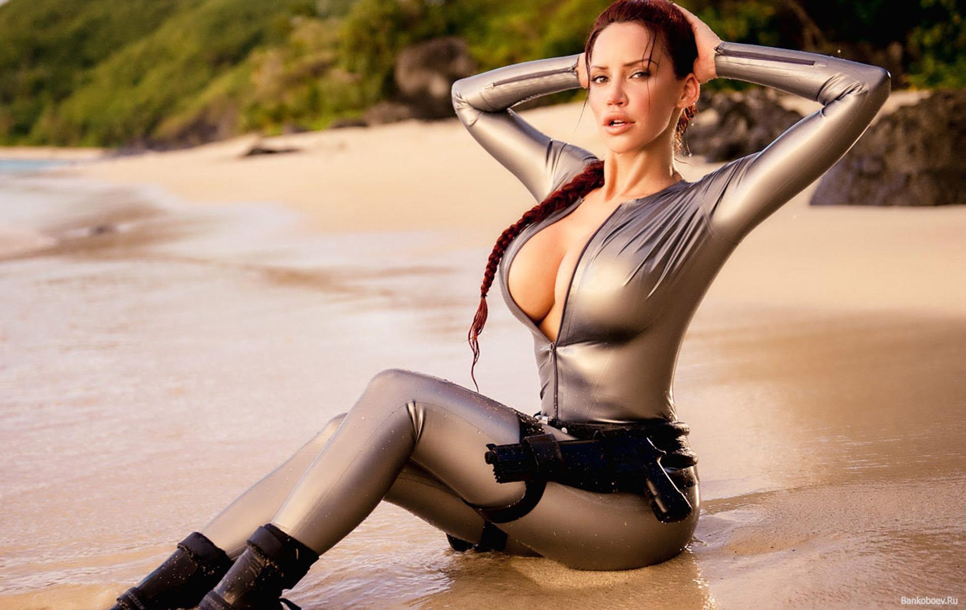 Лаура крофт порно модель фото 790-2