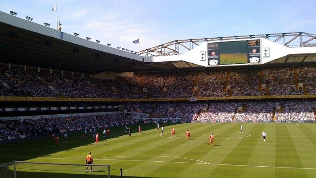 Патч Fifa 10 Стадионы